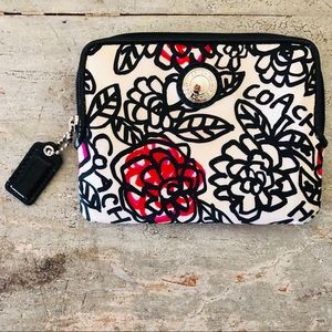 ♥️ Coach ♥️ Black Floral Wallet